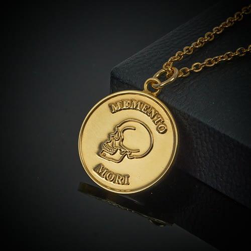 memento-mori-gold-pendant-necklace