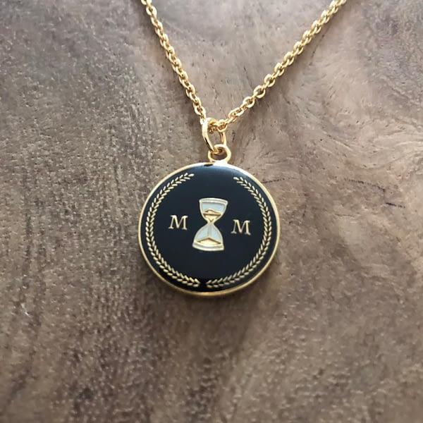 stoic-memento-mori-pendant-necklace-black-and-gold-enamelled-2