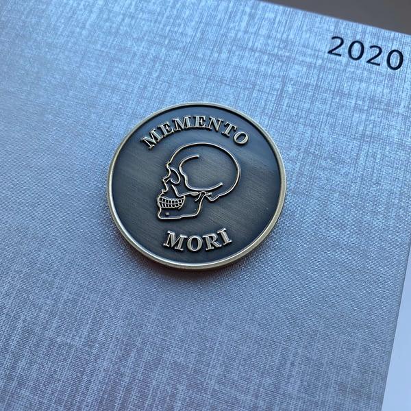 memento-mori-medallion-coin